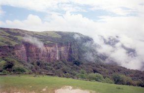Nohkalikai Falls(10)