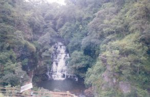 Nohkalikai Falls(5)